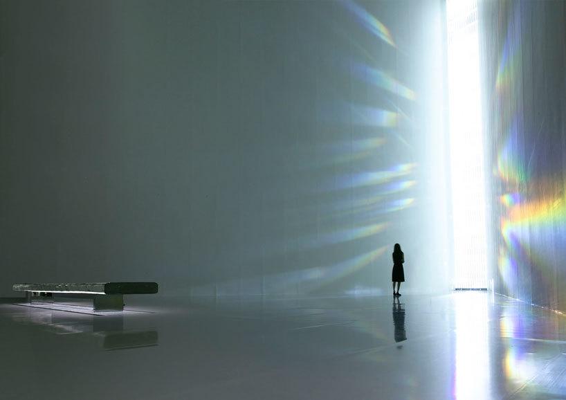 tokujin-yoshioka-crystallize-at-museum-of-contemporary-art-tokyo-designboom-23.jpg