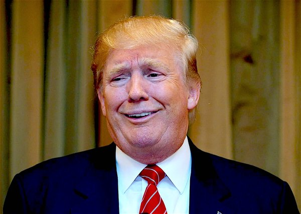 donald-trump-funny-smiling-picture_2.jpg
