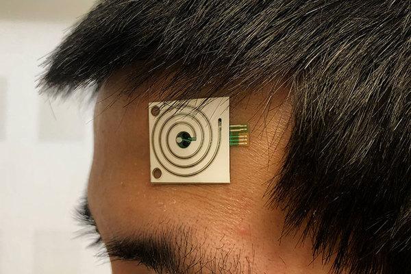 sensoronforehead_bn.jpg