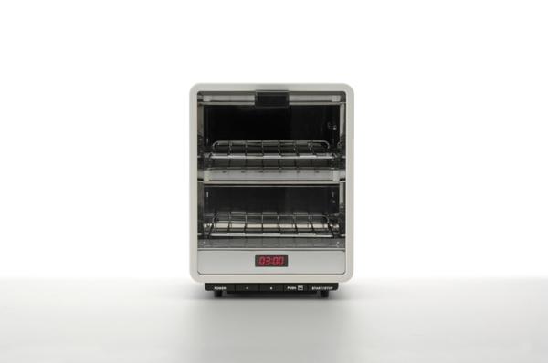 Naoto Fukasawa – +-0 oven toaster