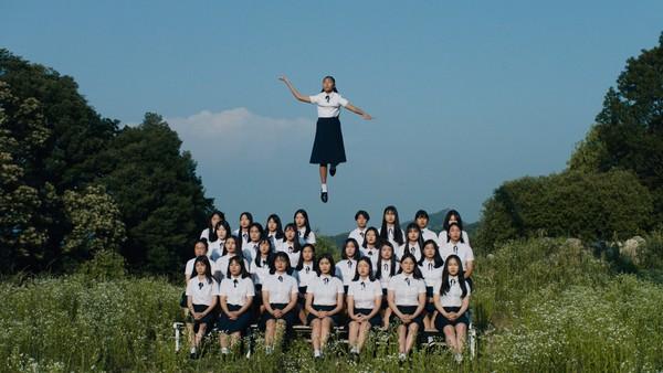01_schoolgirl_02-1-1920x1080.jpg