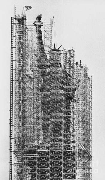 Statue of Liberty being renovated, Jan Lukas