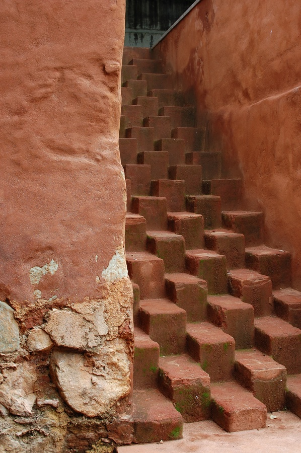 weird-stairs-flickr-photo-sharing-weird-stairs-l-572178ce0f338289.jpg