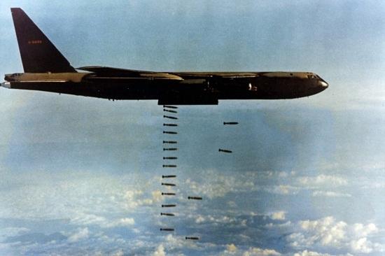 Us-bombing-Cambodia-2.jpg