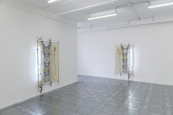 JTT, strings that show the wind, 2019