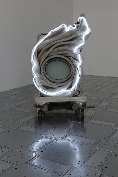 2019.09 Elaine Cameron-Weir: strings that show the wind, it thought you were someone else it thought you were me bounded by strings in the distorted phases of a topological superfluid a mysterious density half-speed vortices and long walls, 2019