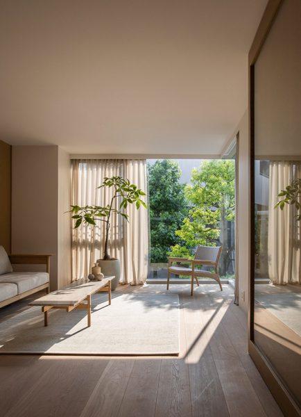 kinuta-terrace-norm-architects-keiji-ashizawa-interiors-apartments-tokyo-japan_dezeen_2364_col_11-852x1178.jpg