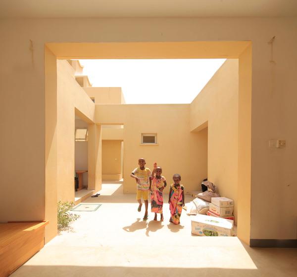 sos-childrens-village-urko-sanchez-architects-djibouti-africa-aga-khan-award_dezeen_2364_col_4.jpg