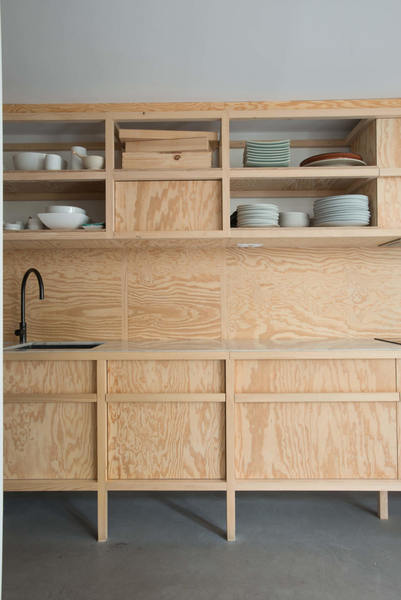 marie-and-giles-montaud-plywood-kitchen-paris-guillaume-terver-design-jean-francois-gate-photo-6b-1466x2196.jpg
