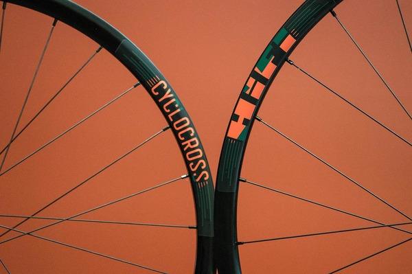 cyclocross-crusade-mix-tape-disc-asymmetric.jpg
