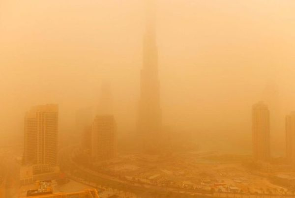 Robert-Scott-Dubai-Sandstorm.jpg
