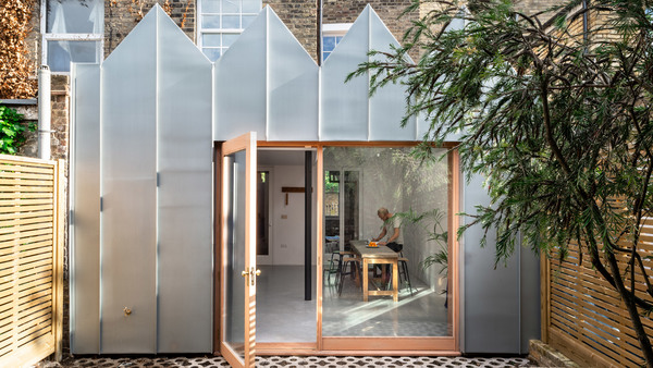 albion-terrace-outpost-house-extension-zigzag-architecture_dezeen_2364_hero_a.jpg