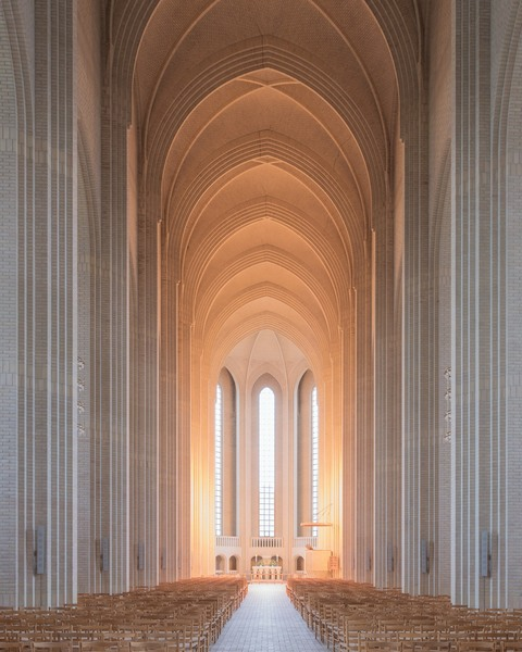 ignant-photography-ludwig-favre-copenhagen-church-06.jpg