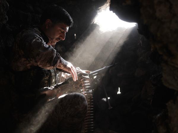 we-came-from-fire-iraq-syria-kurdistan-joey-l-018.jpg
