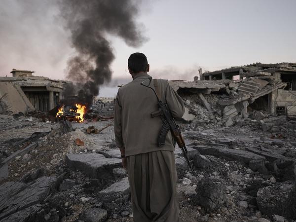we-came-from-fire-iraq-syria-kurdistan-joey-l-003.jpg