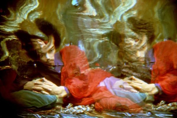 hippie-modernism-1445408232-1-x615.jpg
