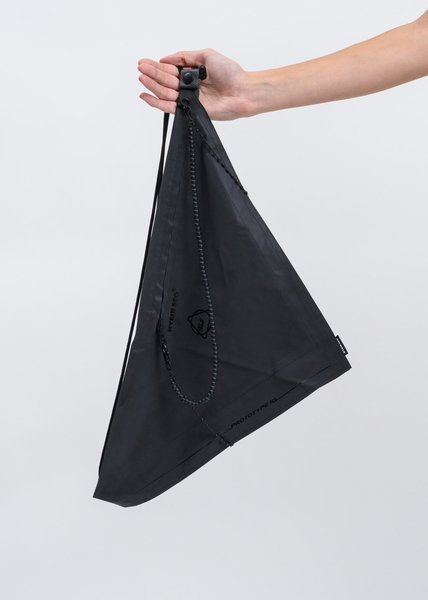 017_mens_hyein_seo_dark_grey_reflective_scarf_bag-4_copy_1024x.jpg?v=1570829326