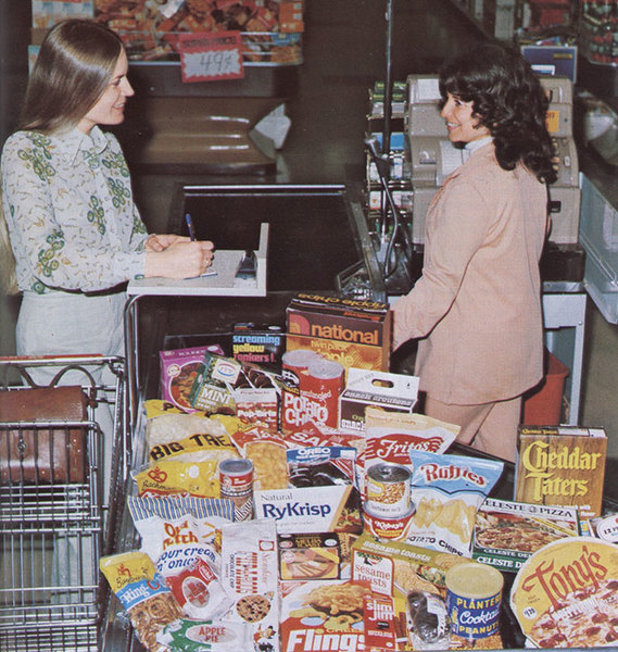 vintage-grocery-stores-usa-old-pictures-15-5b321eaef36a3__700.jpg