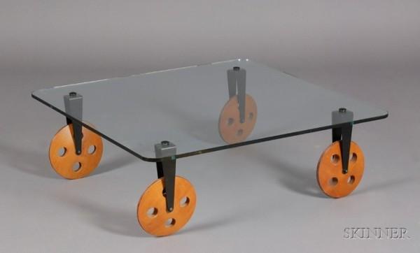 gae-aulenti-for-fontana-arte-low-table.jpg