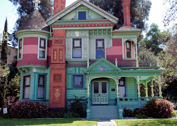 """Painted Ladies"" the best examples of Asymmetrical, non linear architecture ever created"