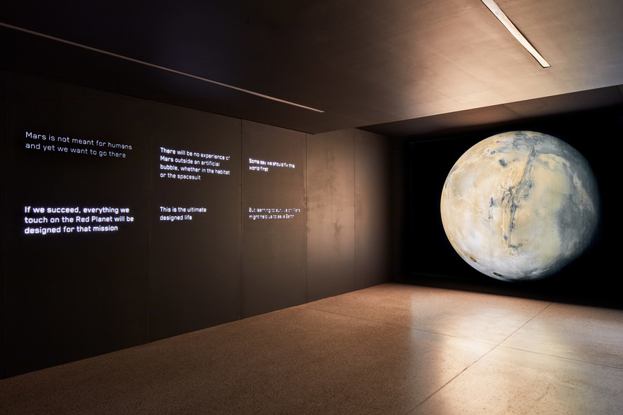 moving-to-mars-design-museum-b_dezeen_2364_col_0.jpg