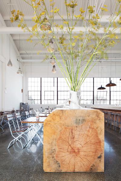 radhaus-envelope-a-d-restaurant-san-francisco_dezeen_2364_col_2.jpg