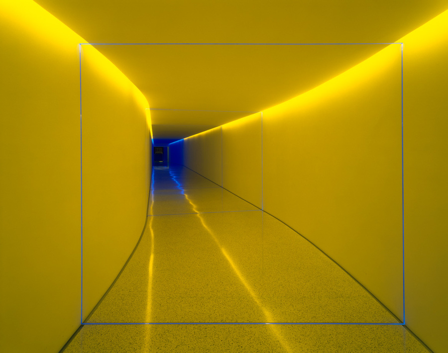 the_inner_way_turrell1.jpg
