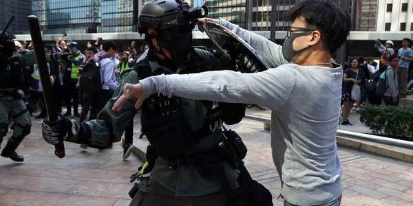 191113-hong-kong-violence-mc-9382_aaa19104a4031ef0c782e0d2829e127f.nbcnews-fp-1024-512.jpg