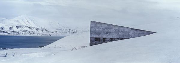 arctic-lens_0.jpg