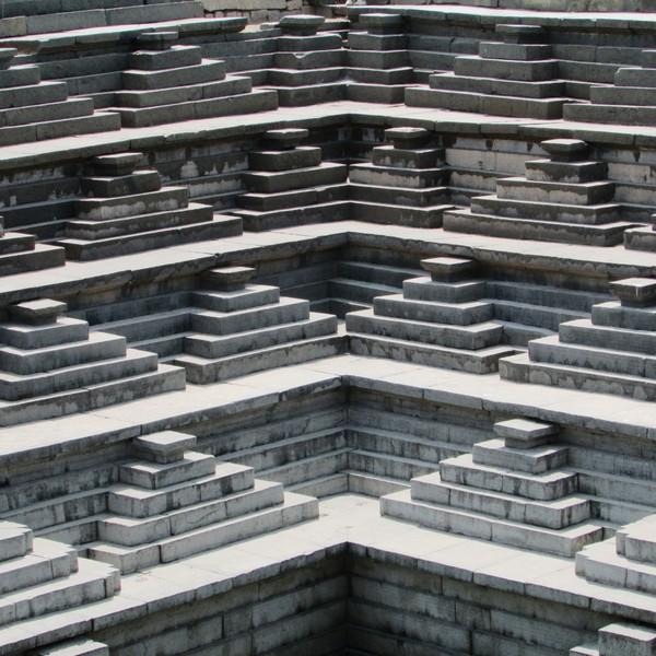 step_well_hampi_unesco_heritage_site_india_landmark_culture_ruins_old-1107688.jpg-d.jpeg