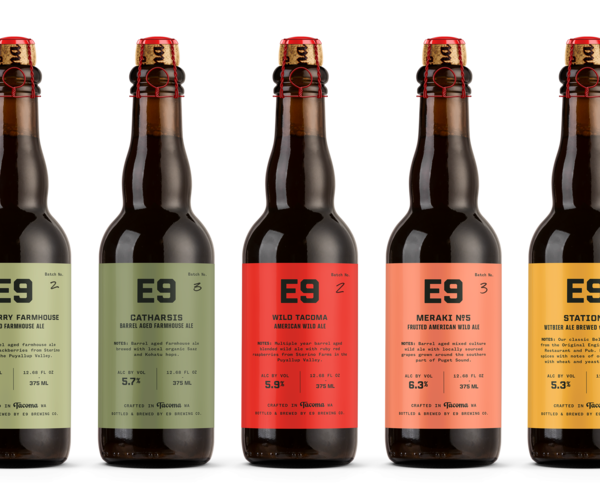 column_seattle_e9brewingco_bottlelineup_02-2560x2150.png