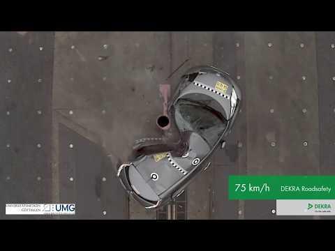 DEKRA Crashtest mit Serien-Elektrofahrzeug: Seitliche Kollision mit Pfahl