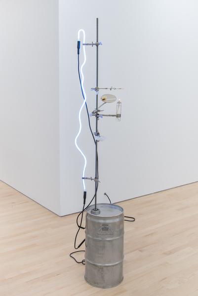 Elaine Cameron-Weir, Lamp 2, 2016