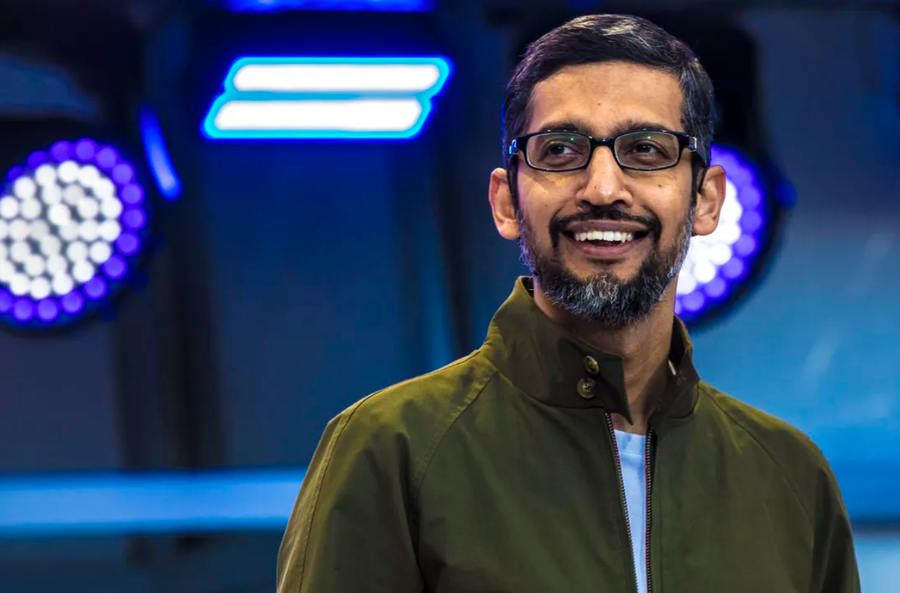 Technical jacket + t-shirt - Sundar Pichai