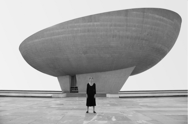shirin-neshat-from-roja-series-2016-still-from-film-installation-copy.png