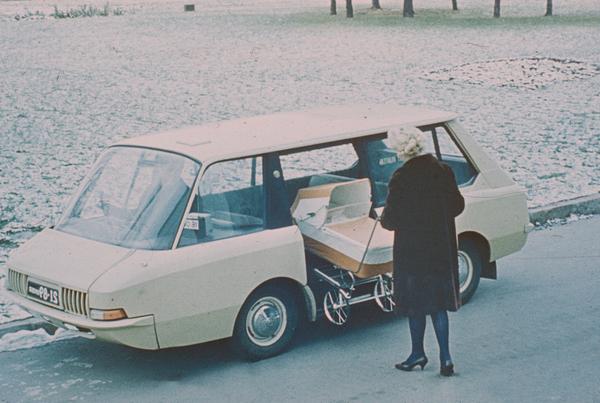 Experimental Soviet taxi, 1964
