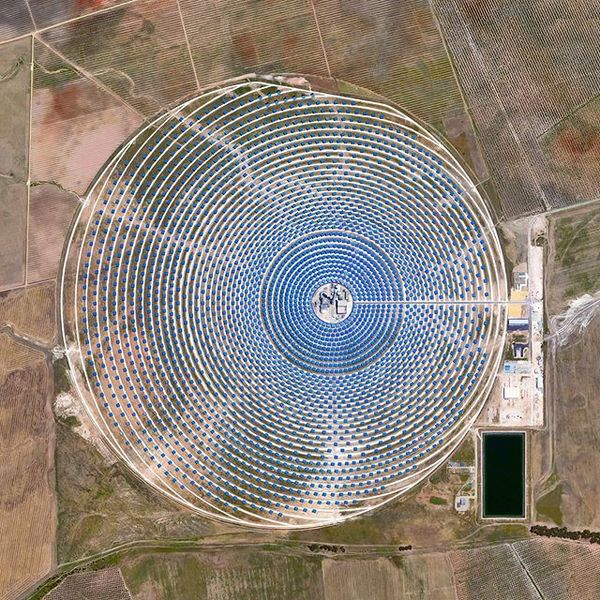 The Gemasolar Solar Concentrator in Seville, Spain, contains 2,650 heliostat mirrors that focus the sun's thermal energy to ...