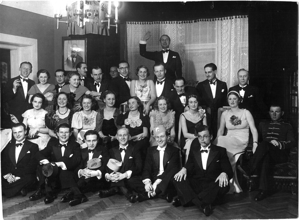 coctail_party_-_1936.jpg