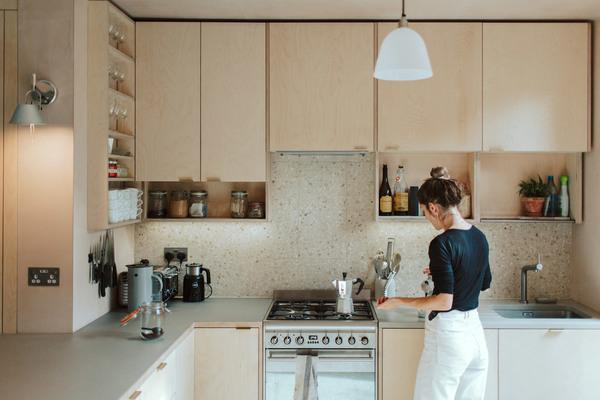 house-for-four-residential-extension-harry-thomson-studioshaw-london-england-uk_dezeen_2364_col_4.jpg