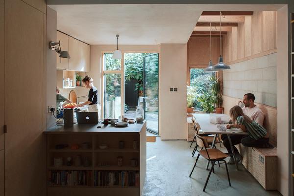 house-for-four-residential-extension-harry-thomson-studioshaw-london-england-uk_dezeen_2364_col_29.jpg