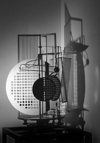 Light-Space Modulator, Moholy-Nagy