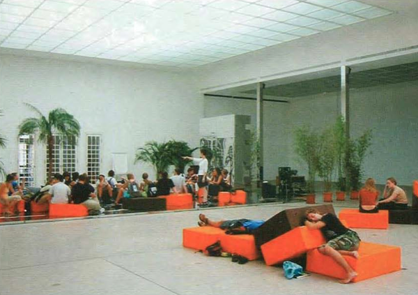 Rirkrit Tiravanija, Secession (2002)