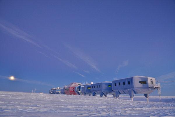 00sci-antarcticarchitecture2-superjumbo.jpg?quality=90-auto=webp