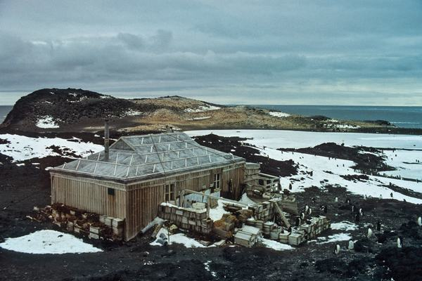 00sci-antarctic-architecture2-superjumbo.jpg?quality=90-auto=webp
