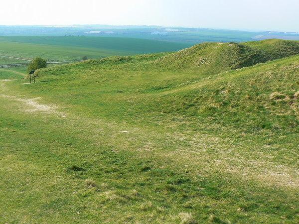 barbury_castle_hill_fort-_near_swindon_-_western_entrance.jpg