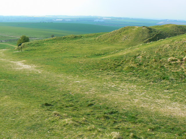 barbury_castle_hill_fort-_near_swindon_-_western_entrance.jpg