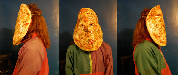 2540664-35.-pizza-mask.jpg