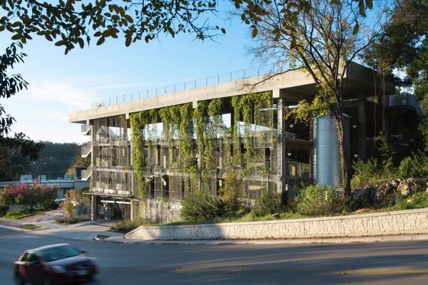 t3_parking_structure__image_courtesy_of_danze_blood_architects.0.jpg