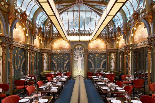 beefbar-restaurant-paris-interiors-humbert-poyet-france_dezeen_2364_col_12.jpg