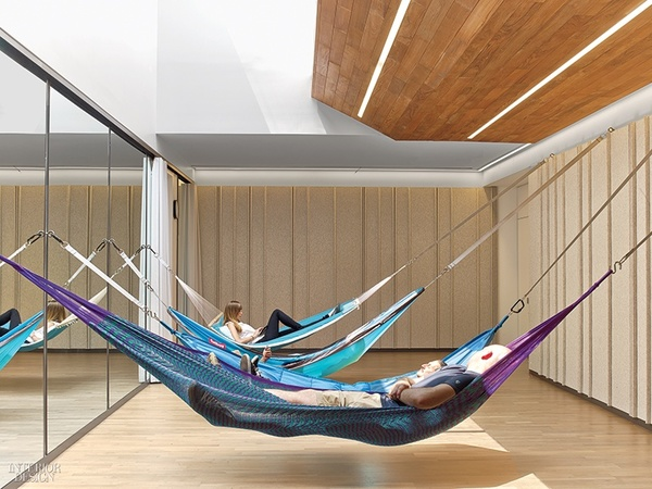 thumbs_google-chelsea-market-hammocks-gym-skylight-0917.jpg.770x0_q95.jpg